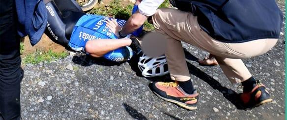 Ciclista presa in pieno da un'auto trasportato d'urgenza in ospedale - CasertaCE