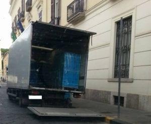 CASERTA. LA FOTO. Il trasloco della Banca d'Italia di ...