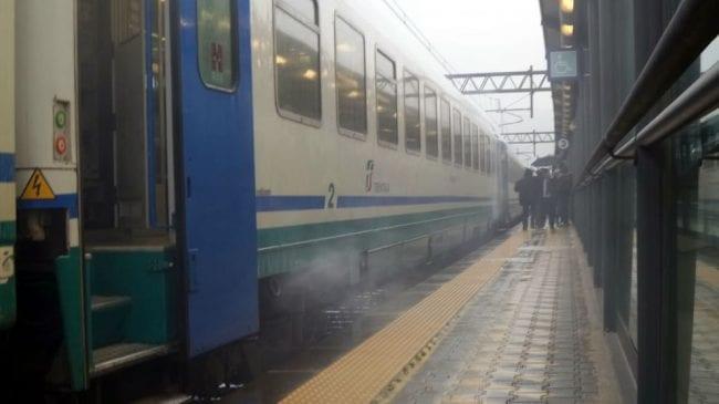 Casertace Paura sul treno regionale, va in tilt il sistema frenante. Passeggeri evacuati