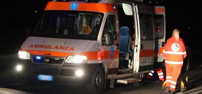 Casertace Auto con tre giovanissimi si schianta nella notte, ricoverati in ospedale
