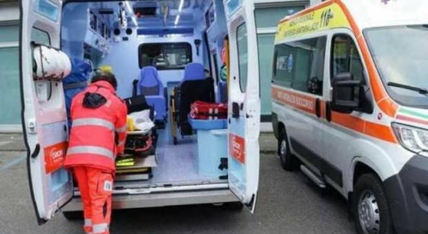 CASERTACE - 40enne steso da un mix di alcool e farmaci, soccorso dal 118