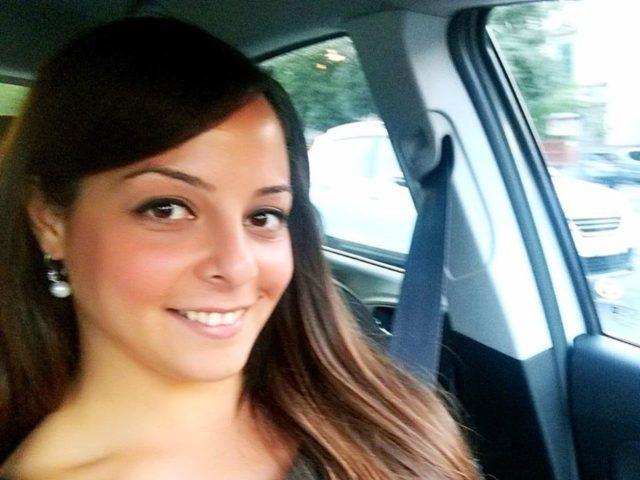 Caterina, soldatessa casertana, si spara nei bagni della metro. Ha lasciato una lettera d'addio