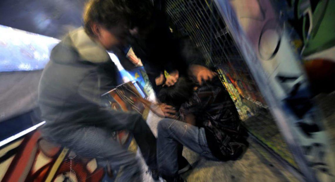 Lo aspettano sotto casa e lo picchiano violentemente. Camionista 50enne in ospedale - CasertaCE
